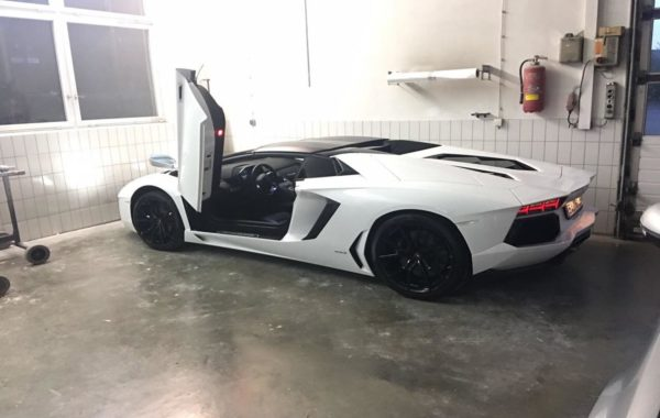 Ganzlackierung Lamborghini